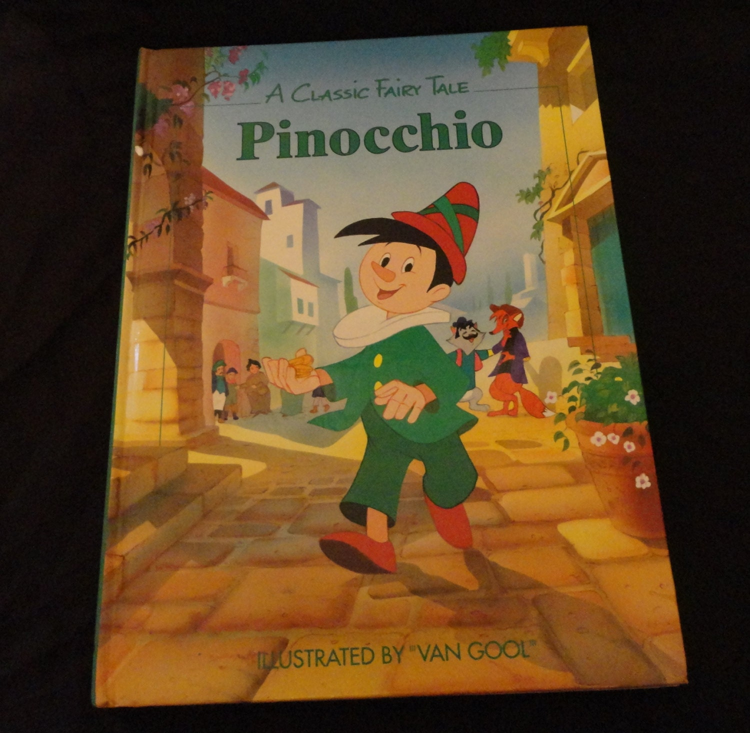 PINOCCHIO CLASSIC TALES 16 PAGE BOOK COLOURFUL PICTURES (BRAND NEW)