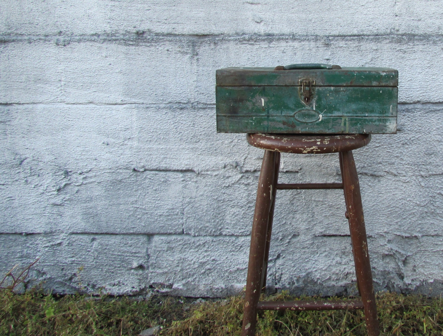 Rustic Green Metal Tool Box Planter - MidCurrentDesigns