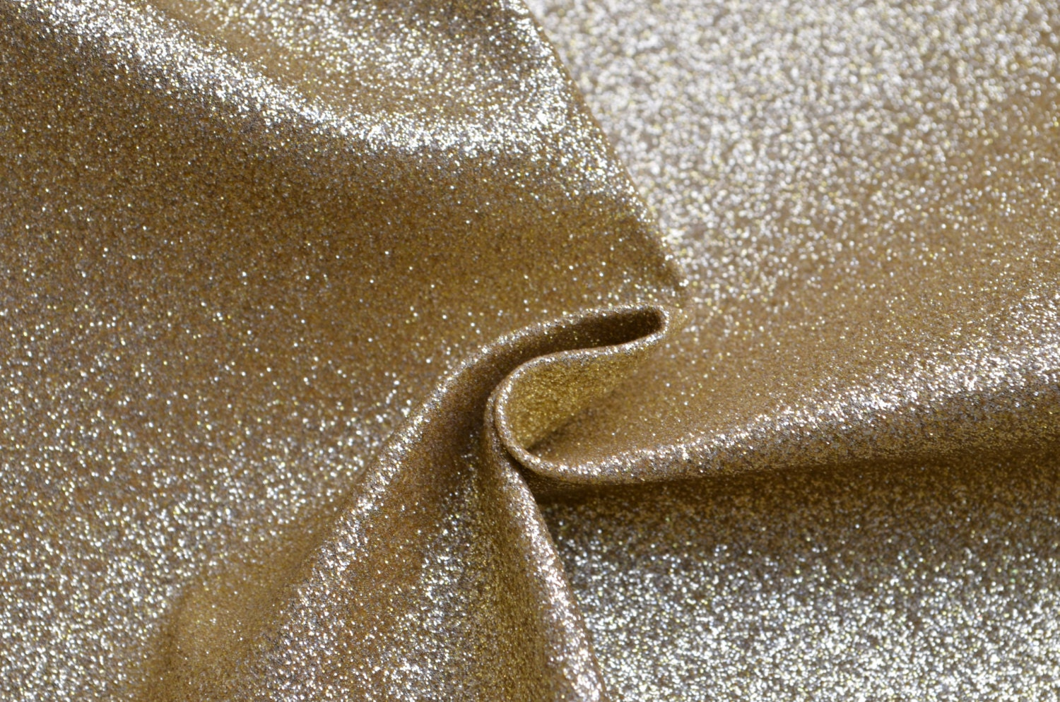 Free Shipping-Half Yard Strong Brassy Gold Shiny Glitter Fabric For Making Bags,Pouches,Phone Case Fabric,PU Upholstery Faux Leather - Lovecase