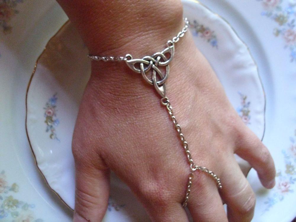 Slave Bracelet Triquetra Celtic Knot By Taylorstemptations