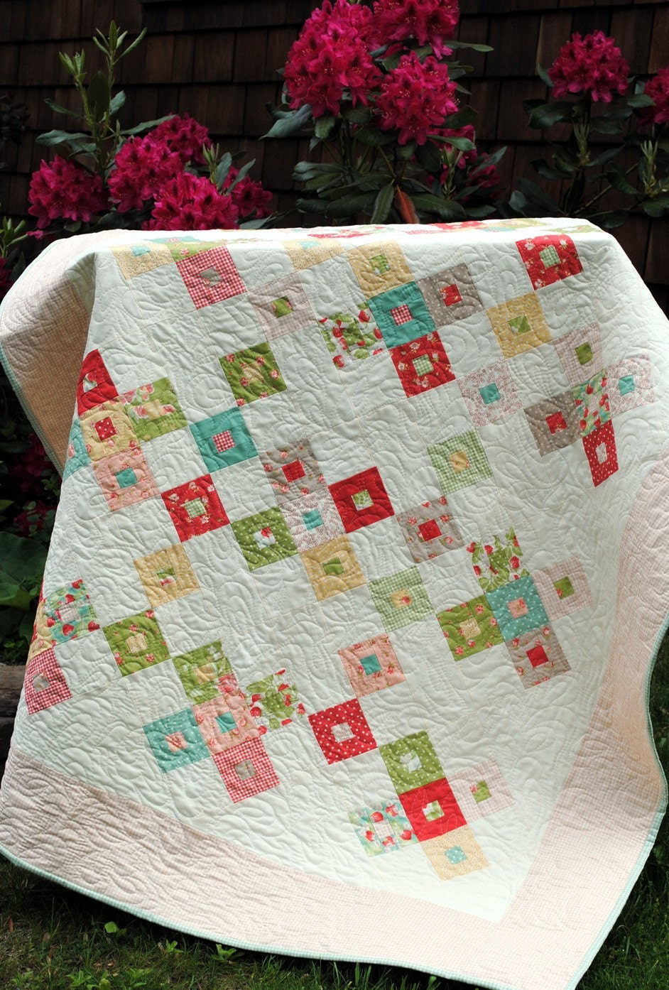 Layer Cake Quilt Design : QUILT PATTERN Layer Cake or Fat Quarters Easy 2 sizes eBay