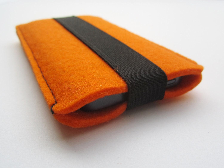 housse orange en feutre avec elastique large noir