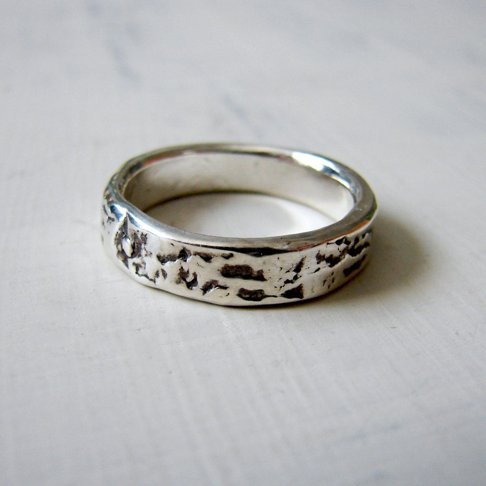 Silver Birch Bark Wedding Ring Simple Silver by eLoomStudio