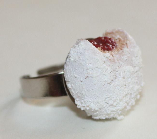 Powdered Raspberry Ring Donuts