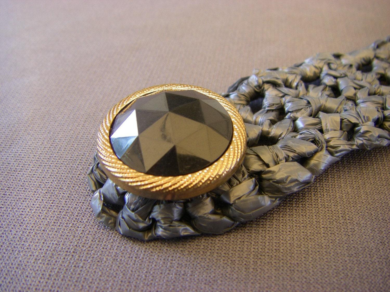 Elegant Grey Plarn Button Bracelet