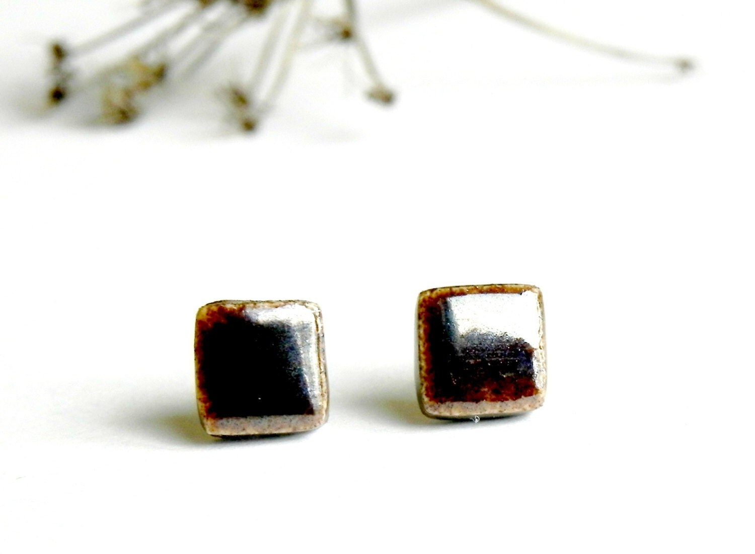 Black Bronze Unisex Stud Earrings Geometric Minimalist Square Earrings Post Contemporary DesingShiny Hypoallergenic  Earrings - LemoneRouge