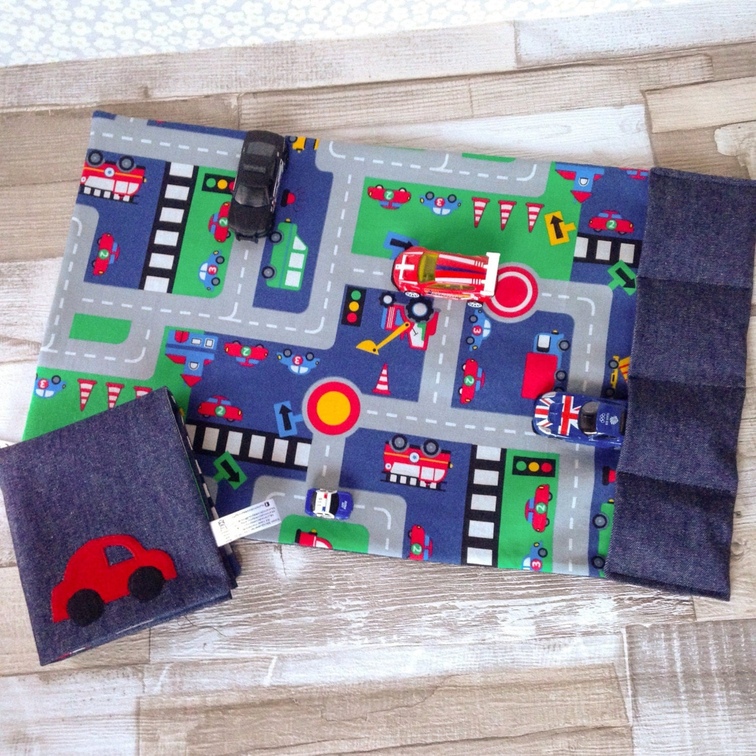 Toy Car mat childrens road play mat Large size toy car play mat travel kids play mat fold up playmat Activity play on the go CE mark