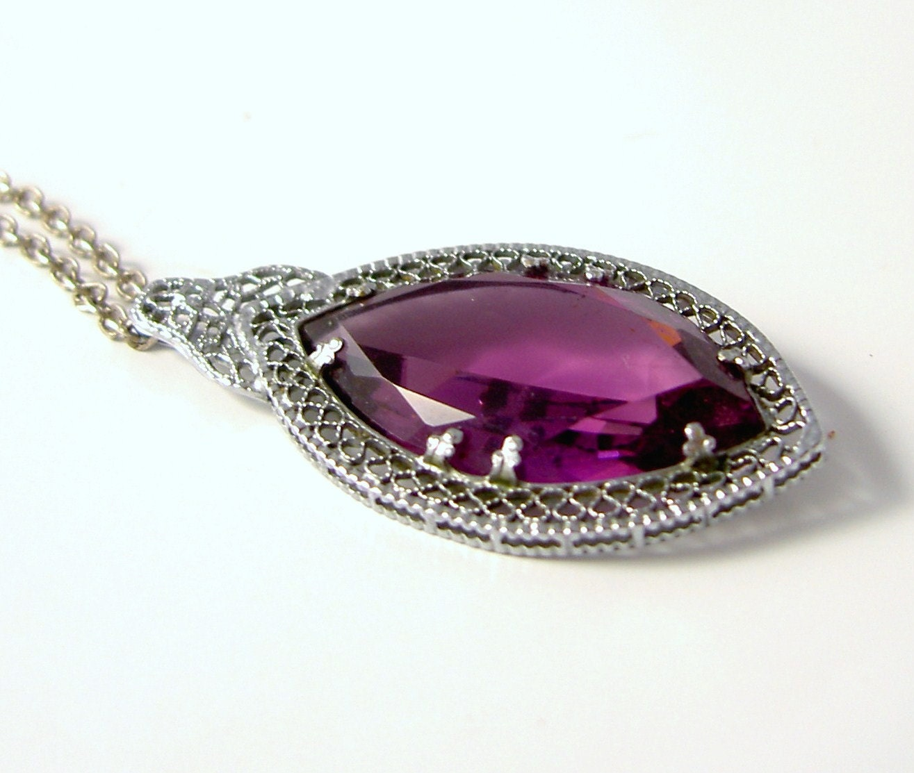 Vintage 1930s Art DECO Silver Amethyst Art Glass Filigree Necklace