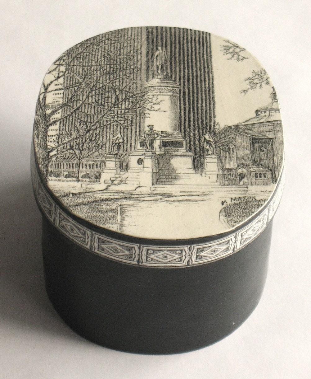 Подарок в Вашингтон-сквер, Рочестер, Нью-Йорк, деревянный ящик