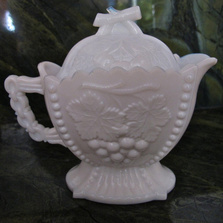 Vintage Westmoreland Milk glass Cherry & by ...
