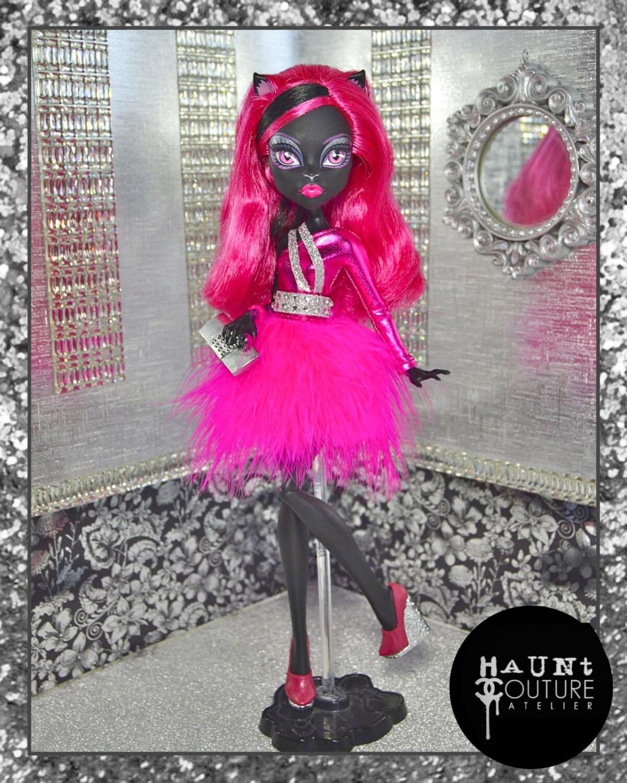 Как сшить красивое платье для куклы монстер хай своими руками