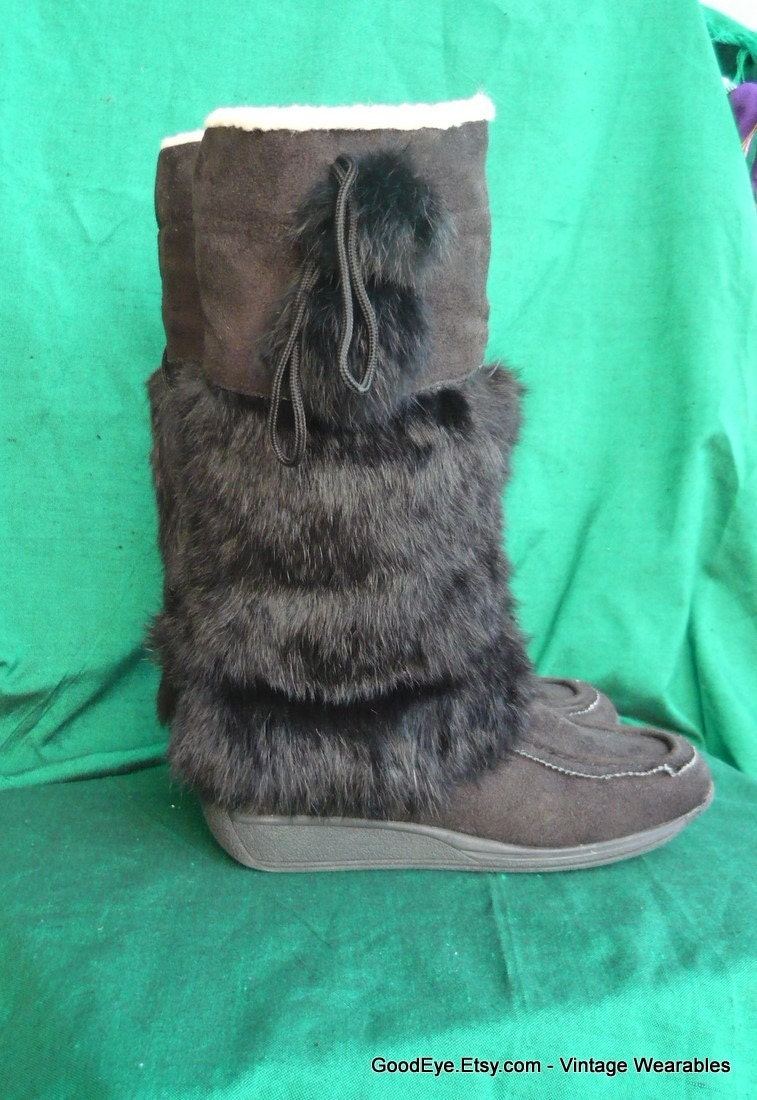 vintage fur boots cuff flat rabbit wedge heels size 8 by