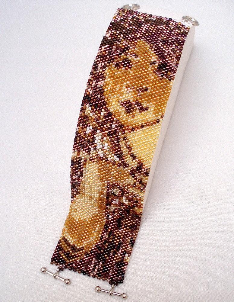 Hannah Rosenr cuff bracelet bead pattern peyote stitch Mucha