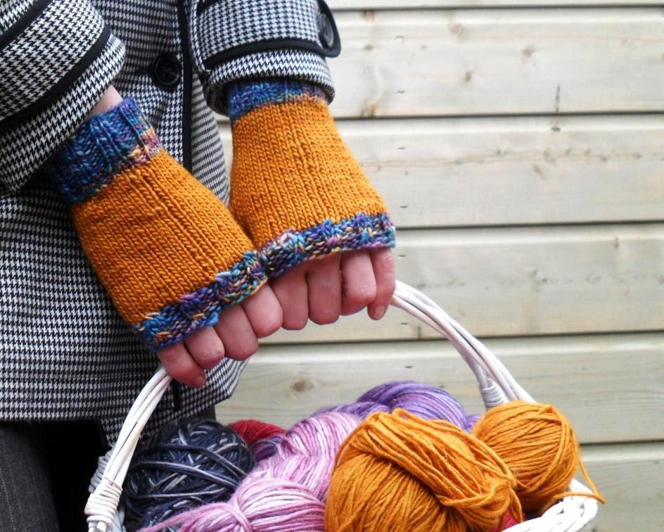 Knit fingerless gloves mittens - Mustard Mix Merino / Silk - MissMinoes