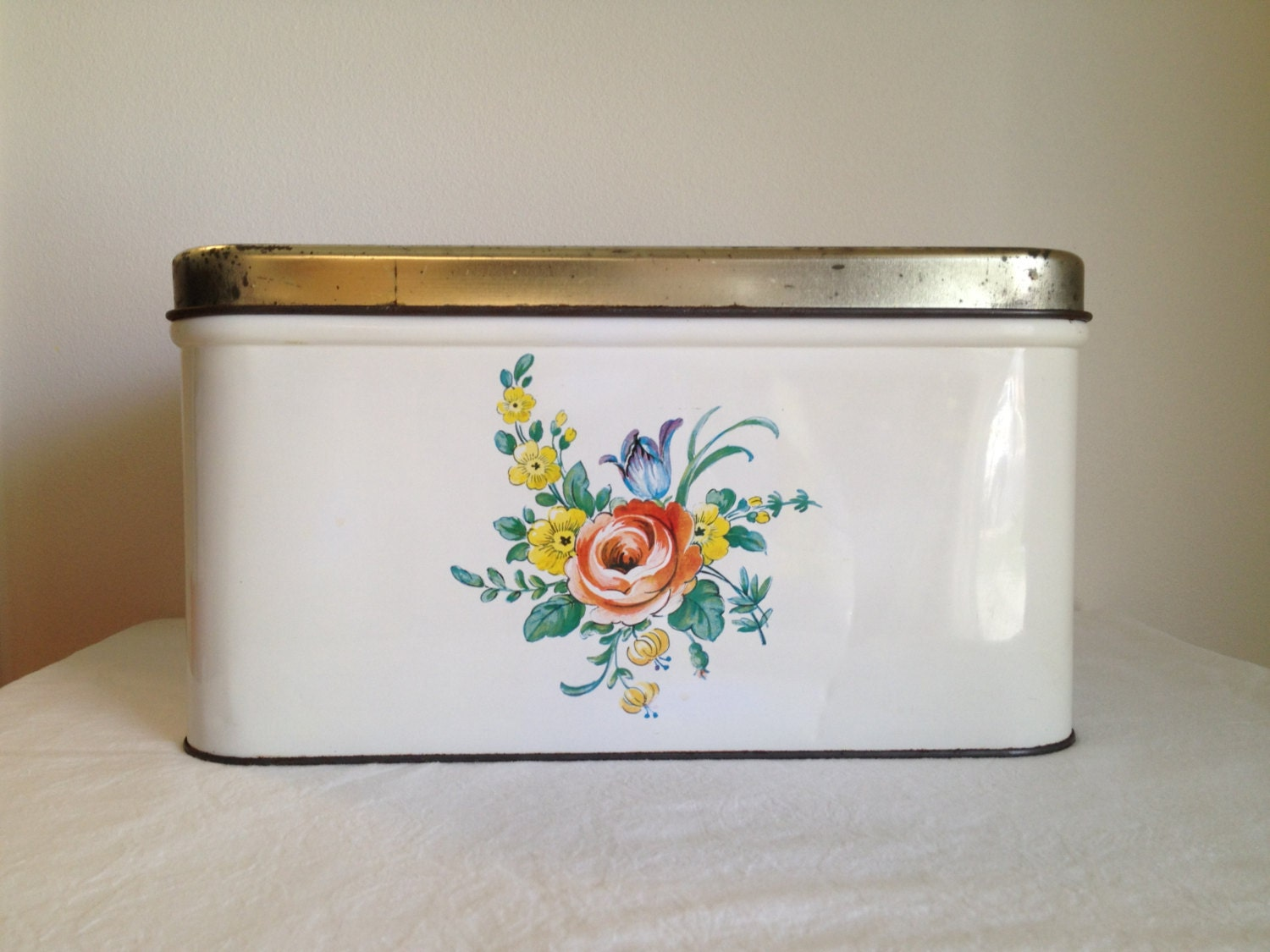 Vintage Decoware Metal Bread Box large canister tin box shabby chic rdtt - TheLittleThingsVin