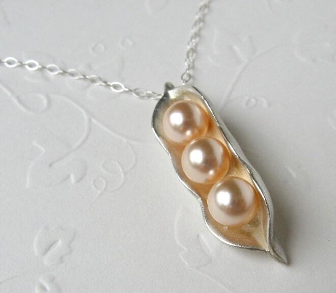 Trio Pearls in Silver Peapod, 999 Pure Silver, 6mm Swarovski Pearls in Peach color, with 18-inch Flat Cable Chain