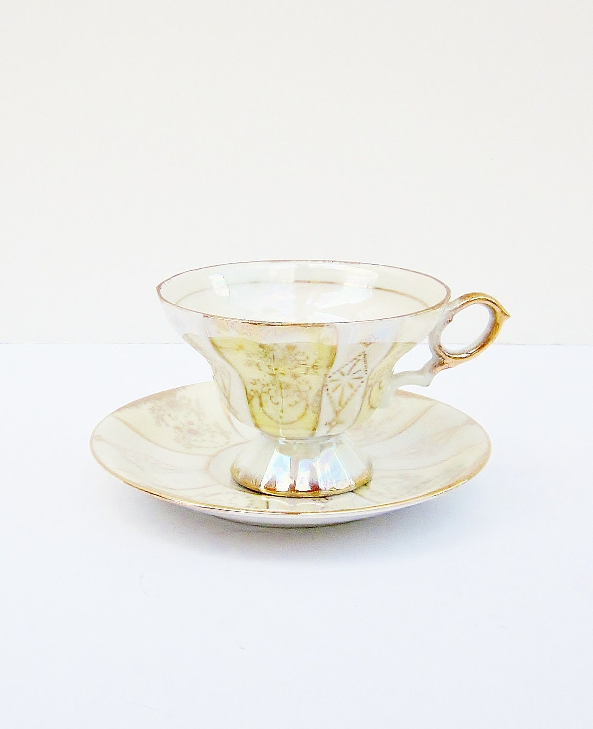 Vintage Teacup Lusterware Royal Crown China Creamy Yellow  Opalescent  Iridescent - jarmfarm