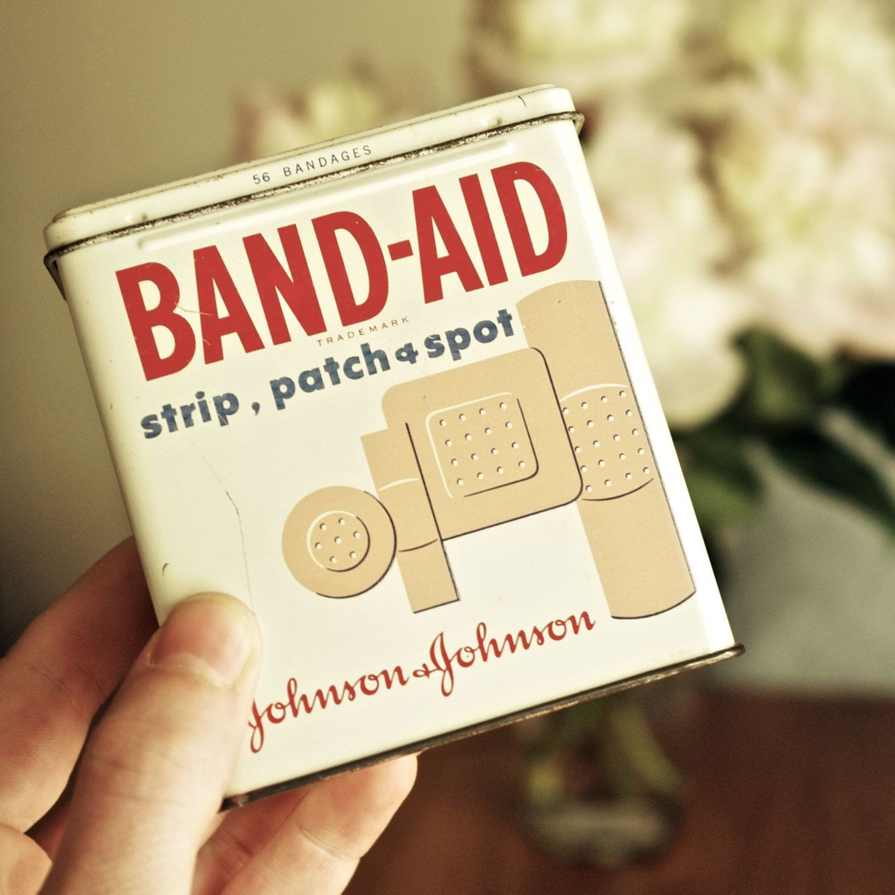 Vintage Band Aid Plastic Strips Reuseable Tin Container
