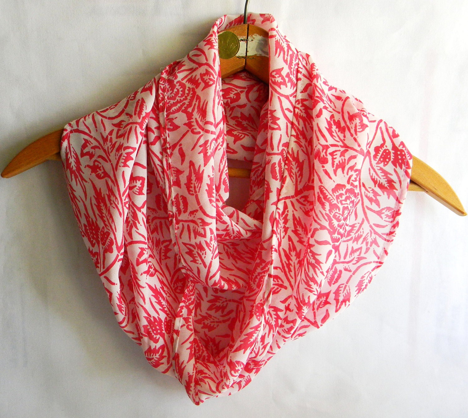 Cranberry and White Eternity Scarf