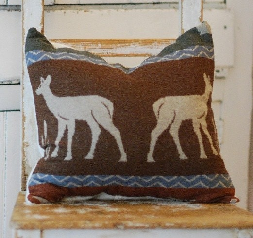 Cabin Chic Pillow Cover made with Oregons' own Pendleton Wool 16x16