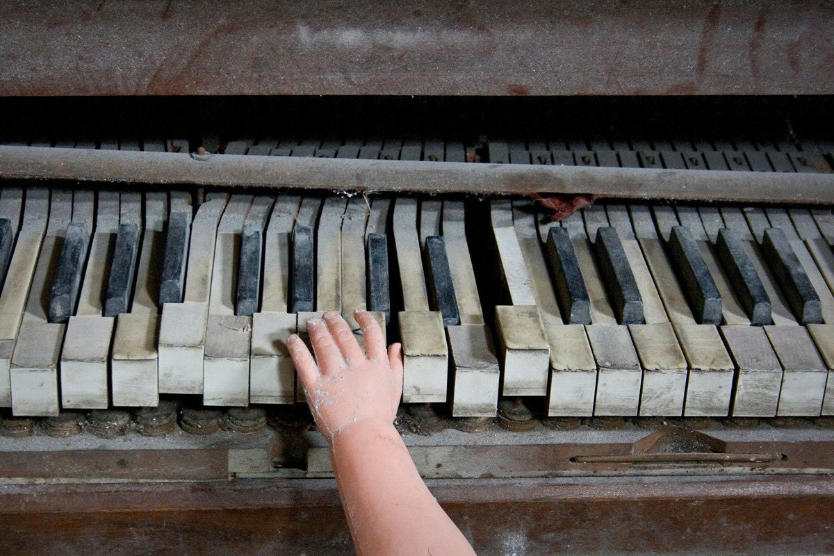 piano baby - 4x6 print