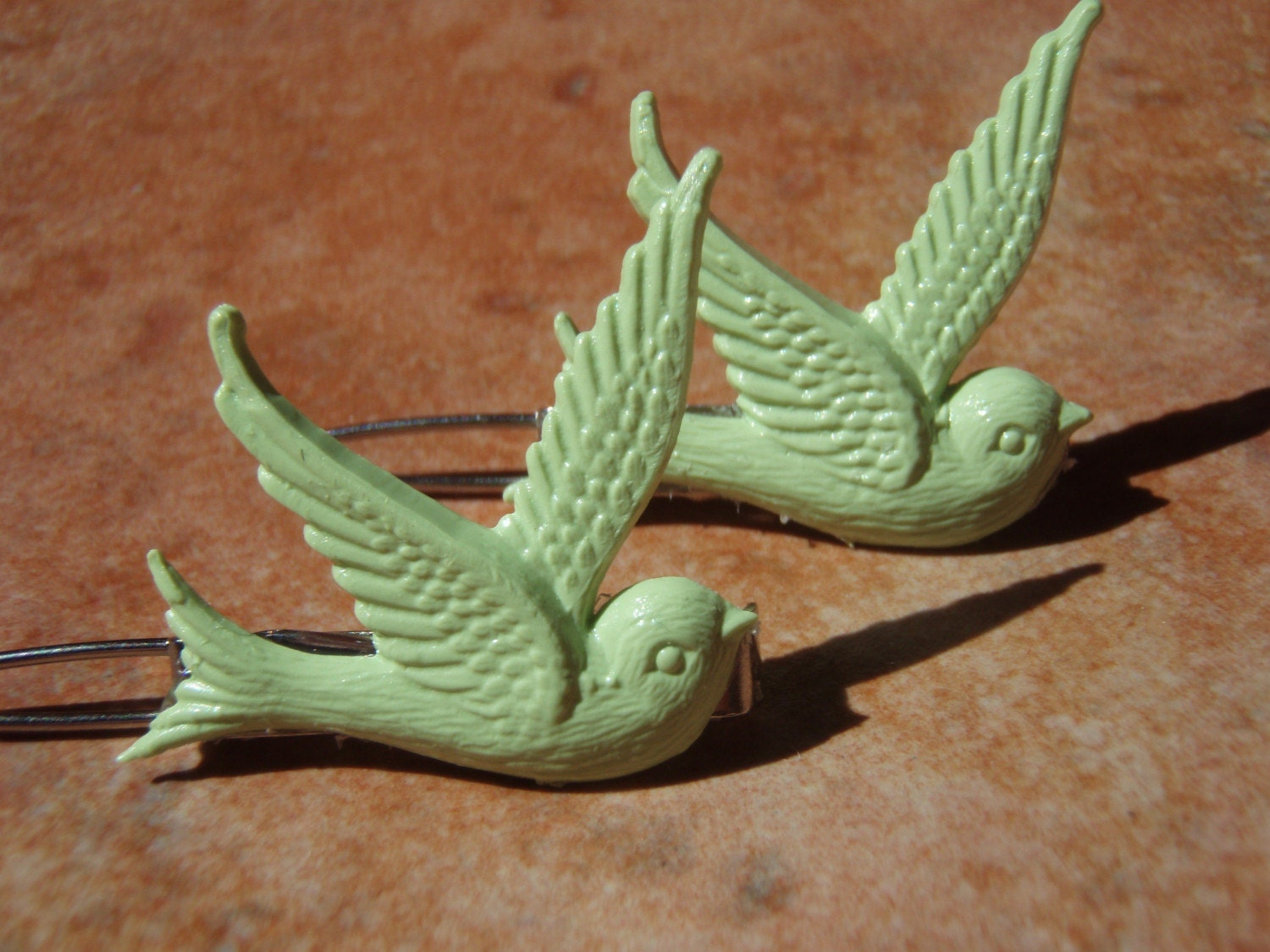 Vintage Collection- Tweet Tweet Tweedilite Spring Green Swallow Bird Hair Pins Barrettes - - Gift Packaged
