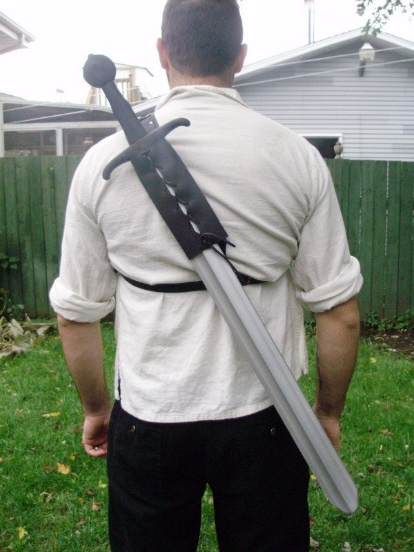 how to make one handed swords appear on back wow