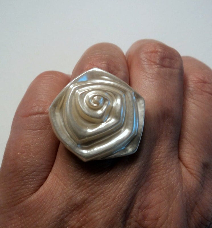 Vintage white pearl pearlized plastic big rose flower ring on brass adjustable ring band