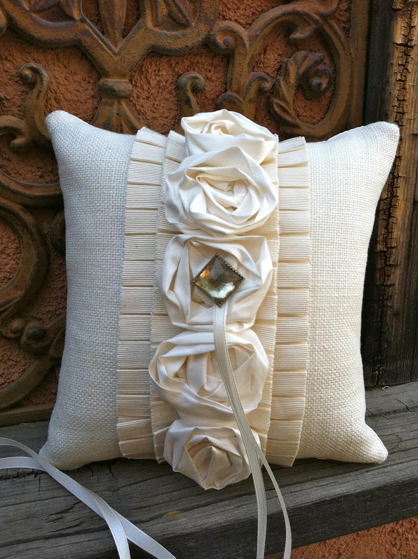 Маркизы кольцо предъявителя подушку