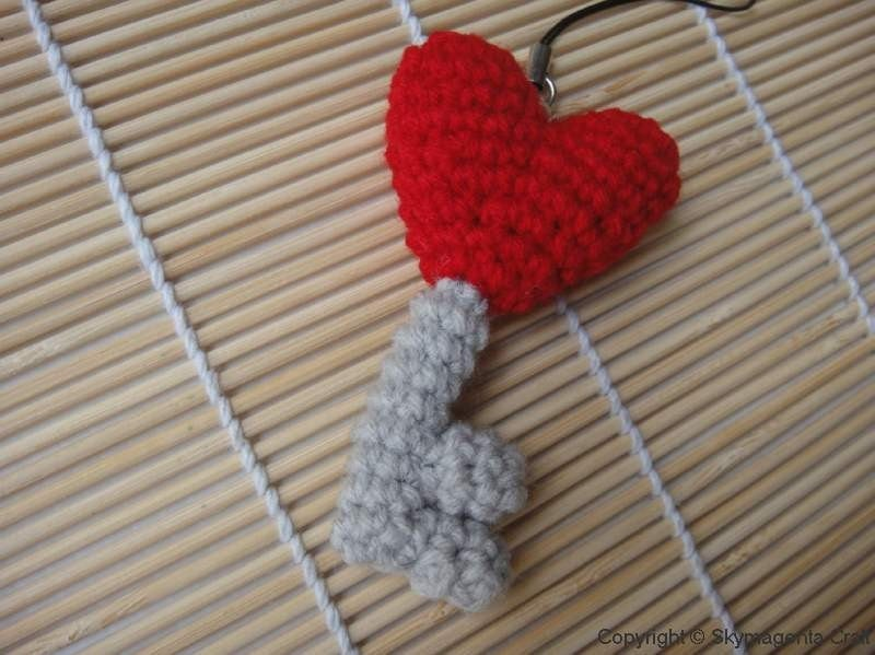 Crochet Cell Phone Charm - Heart Key - Valentine
