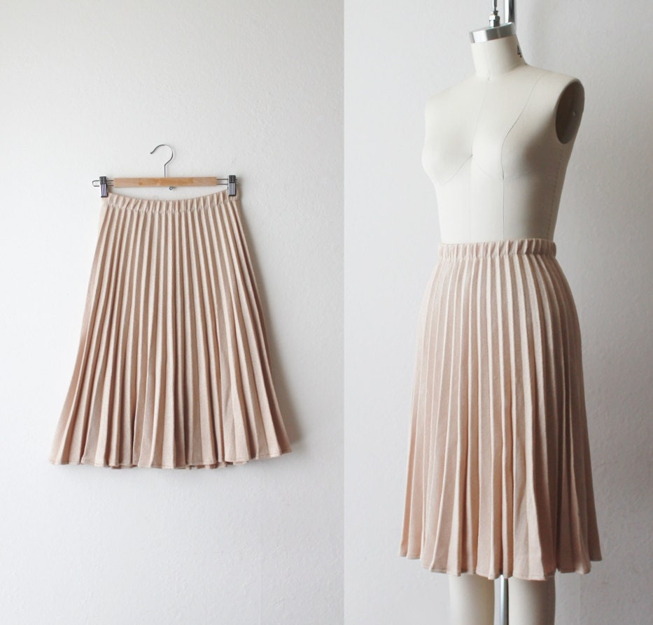 1970 s light accordion pleated skirt size by oiseauvintage