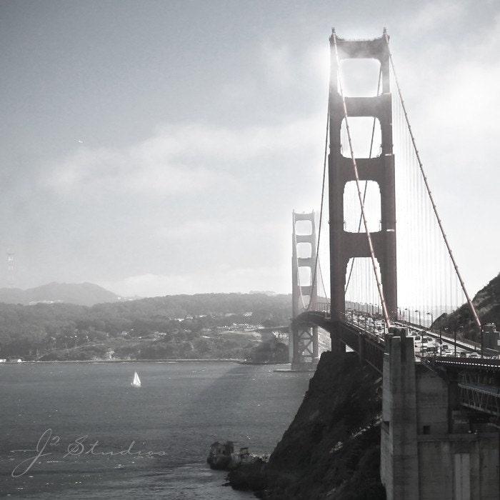 golden gate bridge black and white. White - GOLDEN GATE BRIDGE