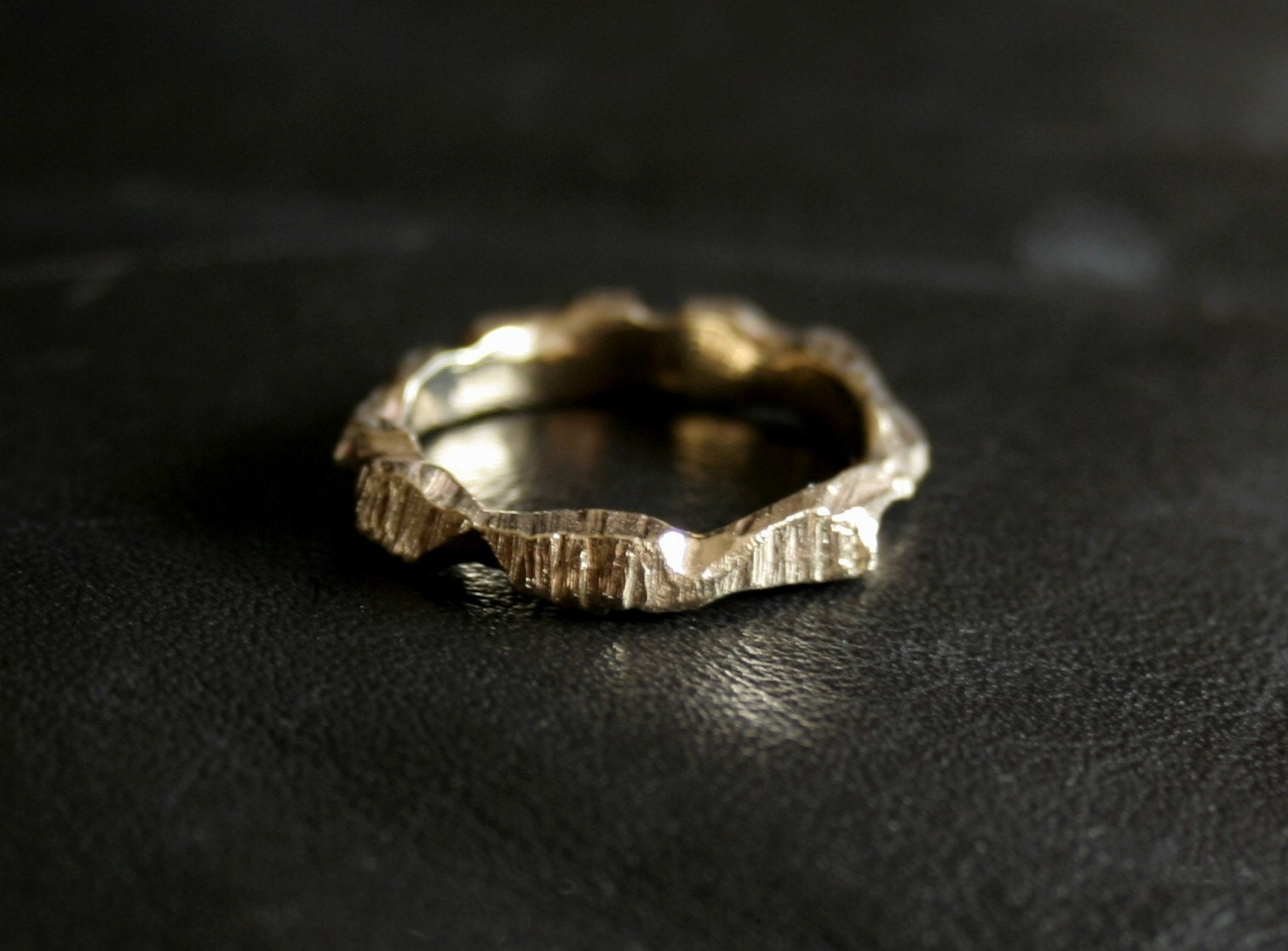 10K Gold Ragged Oak ring