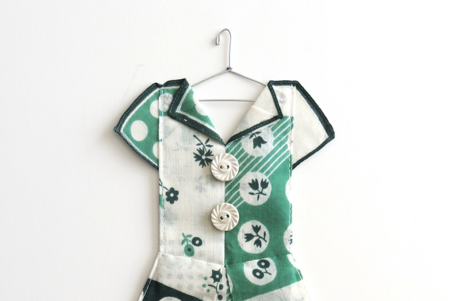 Green and White Geometric Hanky Dress - HankyDresses