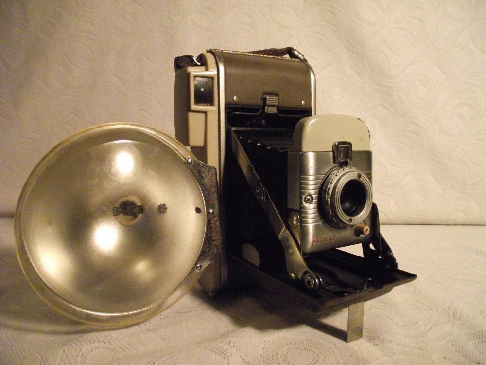 Polaroid Land Camera Model 80A with Polaroid BC Flash