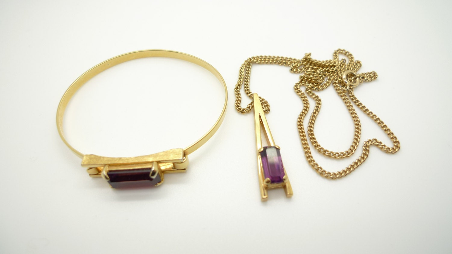 Avon Vintage 1970s Gold and Amethyst Glass Stone Bracelet and Necklace with Pendant