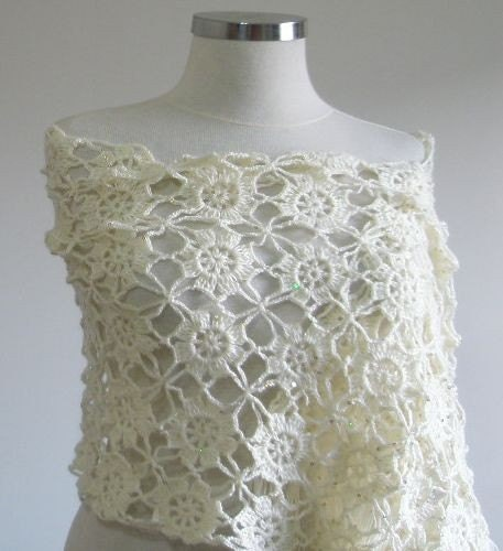 ROMANTIC Fall Wedding Ivory Shawl Crochet SO CHIC Hand Crocheted Lace