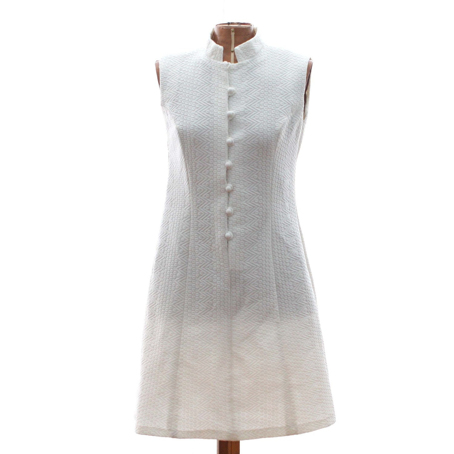 Mod White Sleeveless Vintage Tennis Dress with Mock Neck