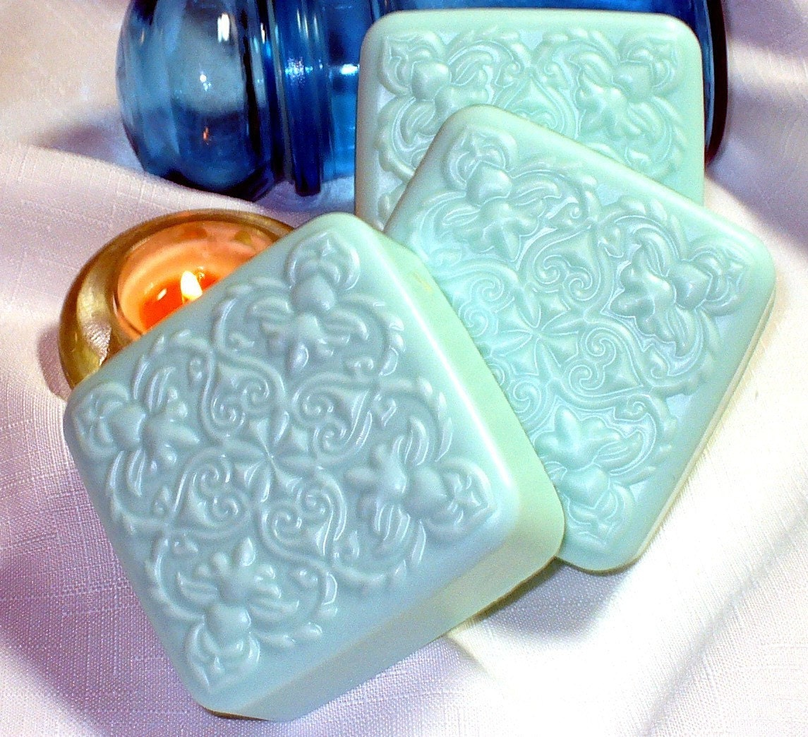 Fresh Juniper Victorian Square Soap 6.5oz. WINTER CLEARANCE