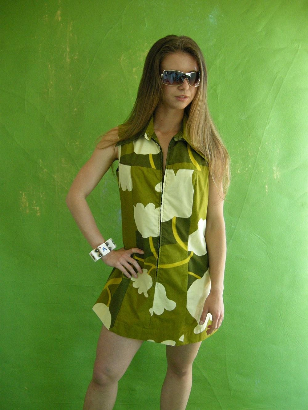 GREEN Floral Vintage 70s Mini Scooter Dress M by empressjade