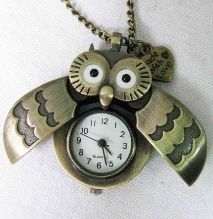 owl Pocket Watch locke Necklace (with a little heart)