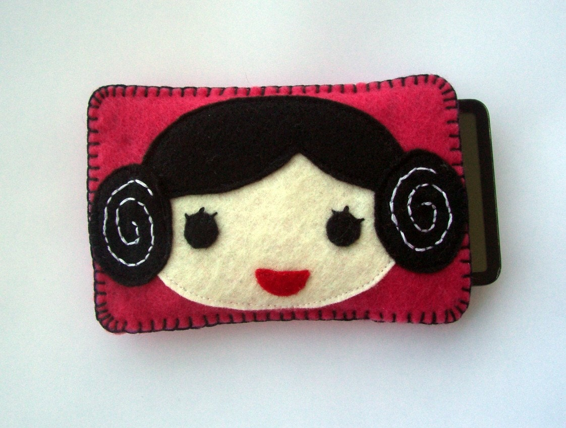 Star Wars PRINCESS LEIA iPhone / iTouch / iPod Case - gogogadgets on Etsy