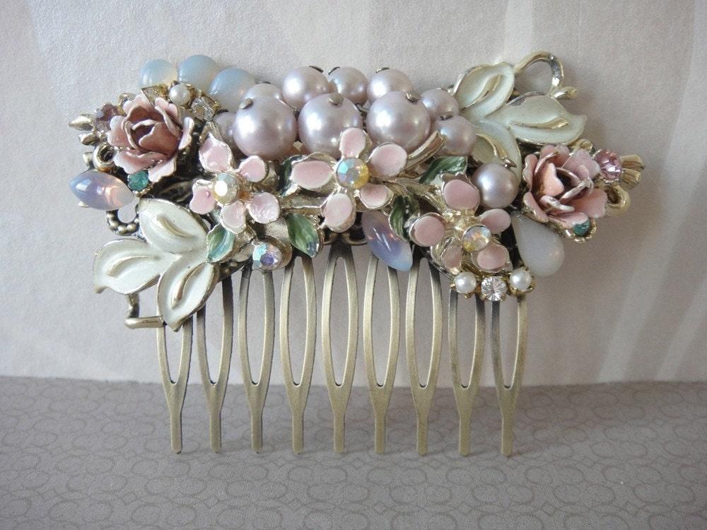 Romantic flower bouquet vintage collage bridal haircomb