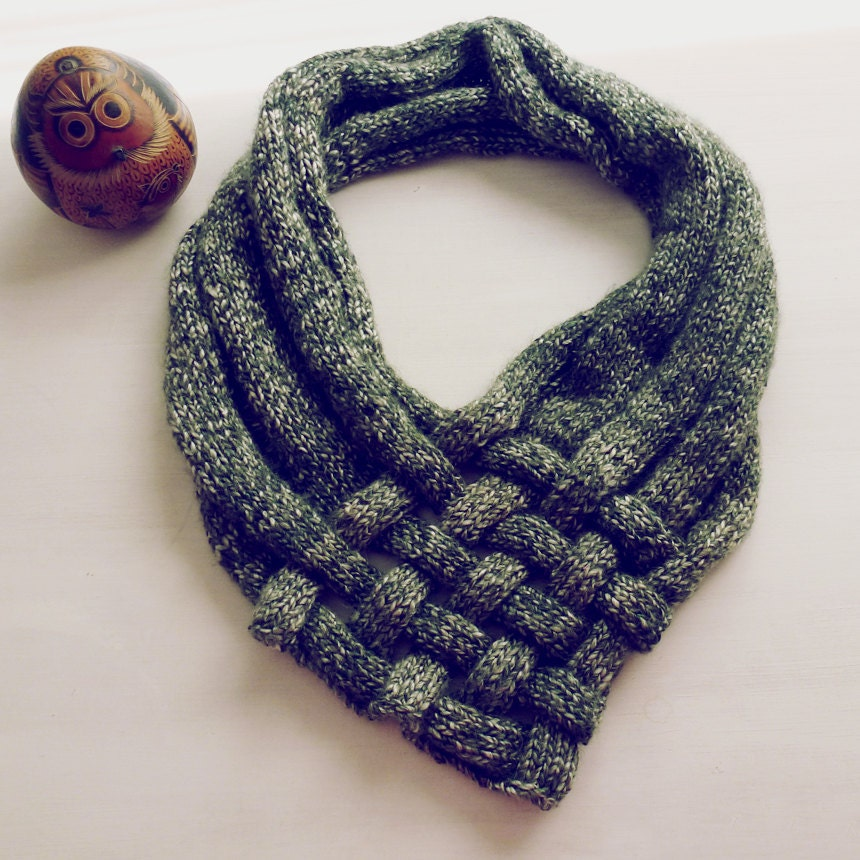Knit Capelet Pattern : PDF Knit Pattern Weave Shawl easy tutorial lot of by bySol