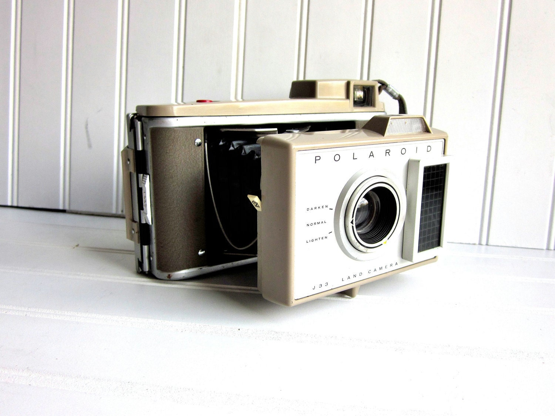 Old fashioned polaroid camera for sale 23