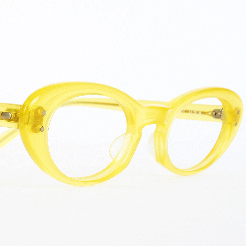 yellow vintage cat eye glasses or by vintagecateyeglasses