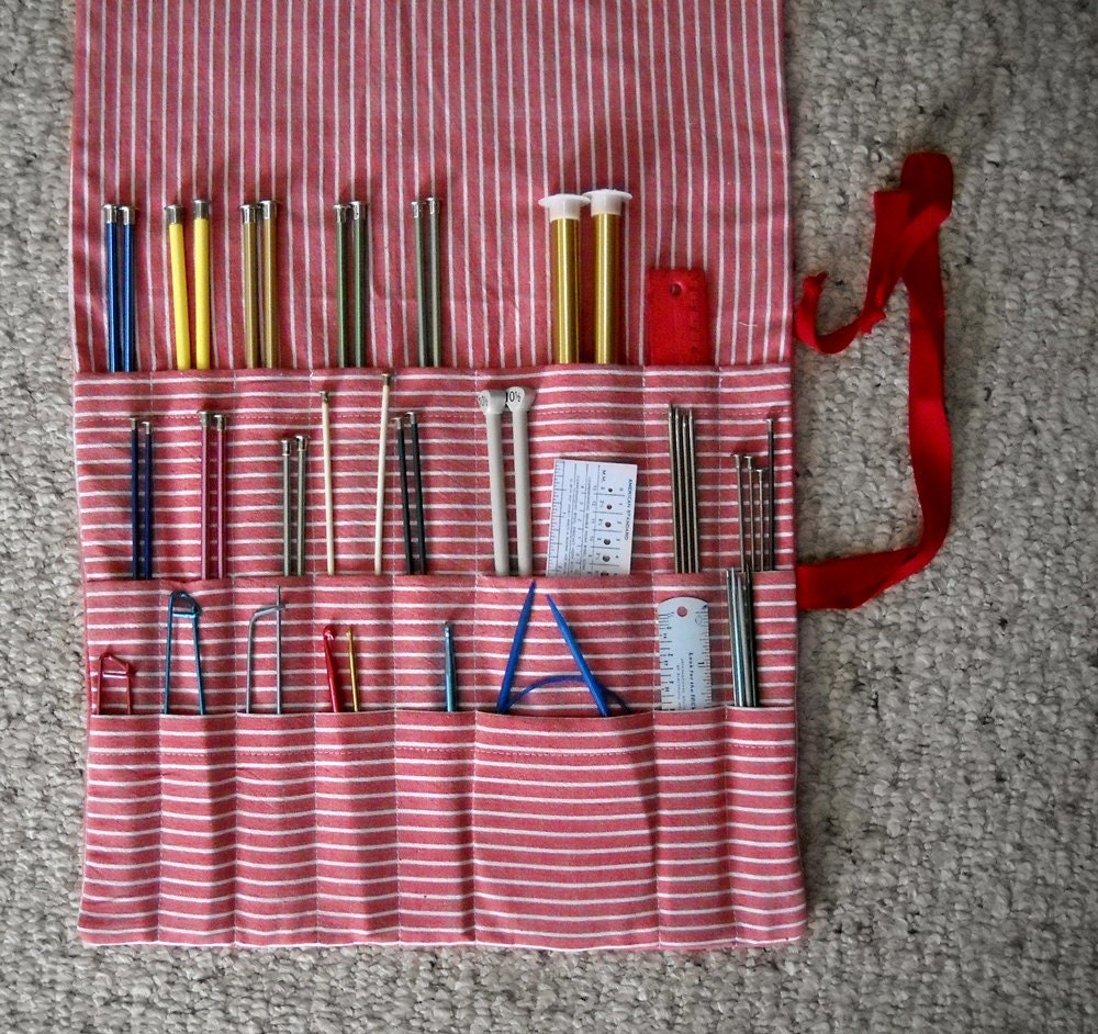 Knitting Needle Roll Up Case Organizer 24 Pockets Red by ...