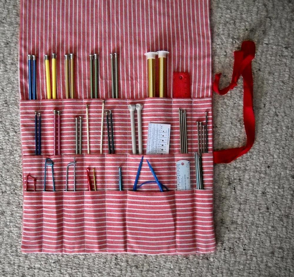 Knitting Needle Organizer Pattern : Knitting Needle Roll Up Case Organizer 24 Pockets Red by Funtific