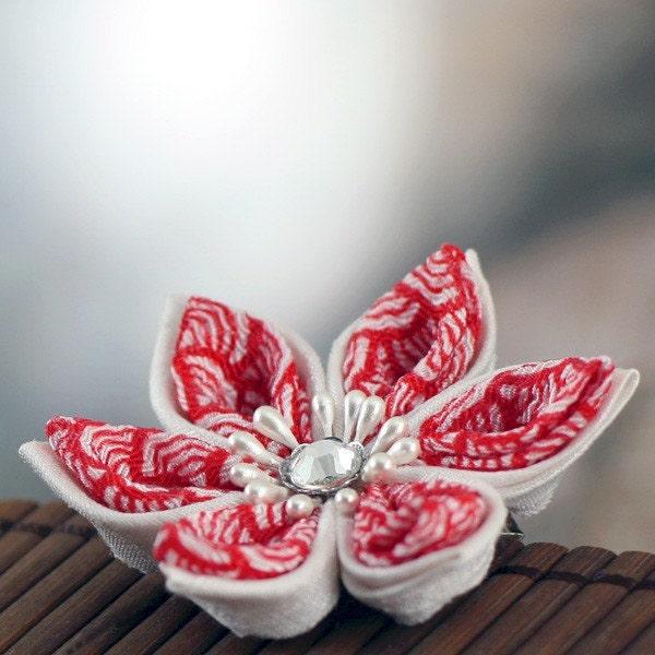 Pearl Dragon - Kanzashi Flower Hair Clip