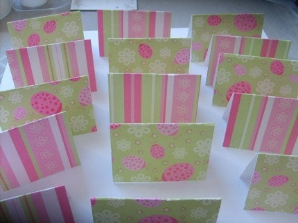 16 Lady Bug and Flower  Mini  Cards